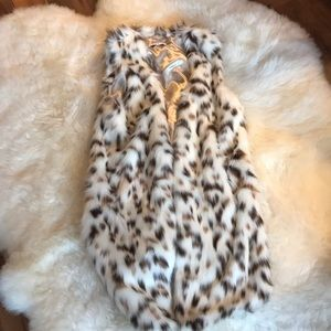 Beautiful, soft, fuzzy faux fur vest